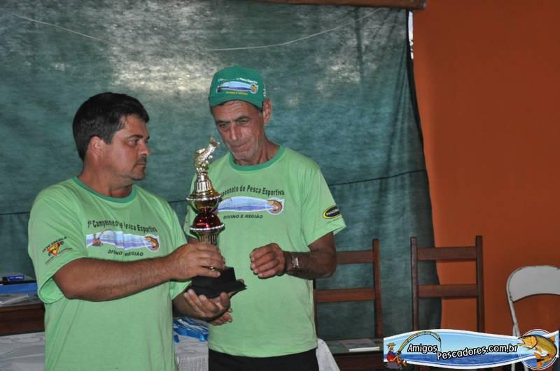 Pescador-Mais-Idoso-Jose-Damiao-Manhuacu (2)_800x531